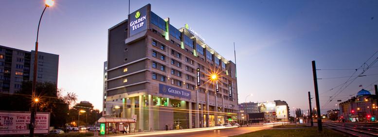 Golden_Tulip_Warsaw_Centre_facade